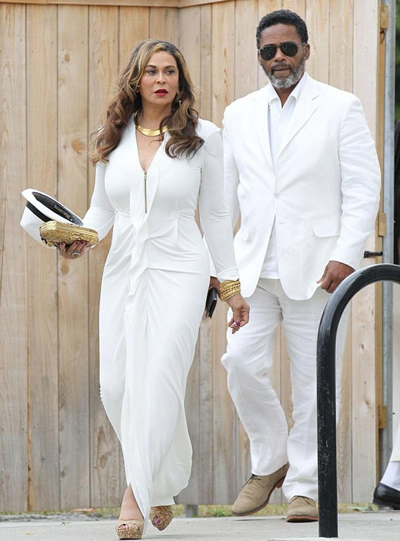 Beyonce-Solange-wedding-2014-06
