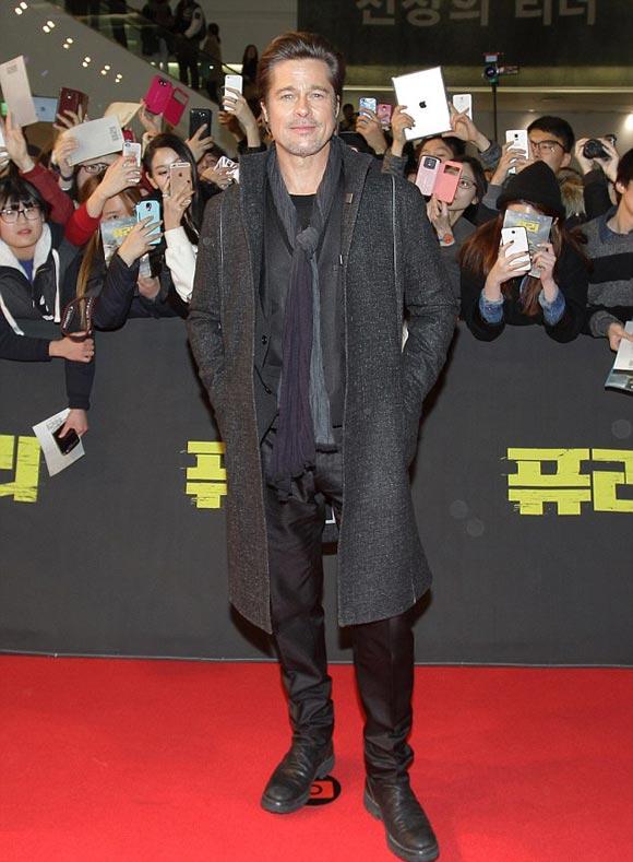 Brad-Pitt-fury-korea-2014-04