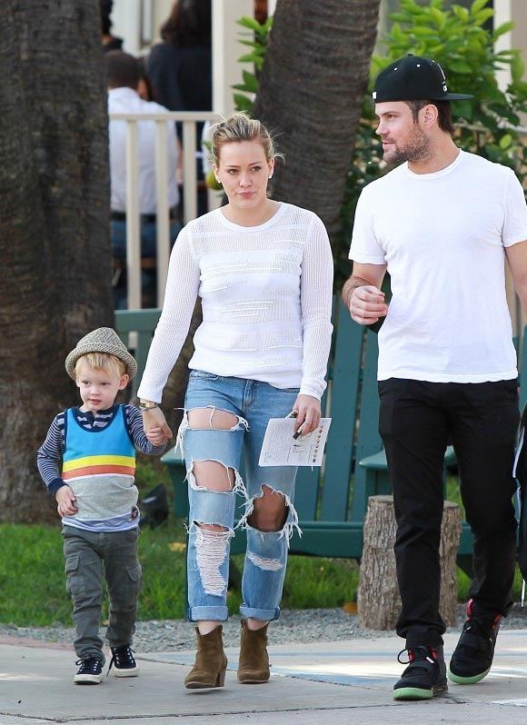 Hilary-Duff-Duff-Mike-Luca-2014-03
