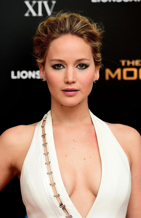 Jennifer-Lawrence-Hunger-Games-london-2014-04