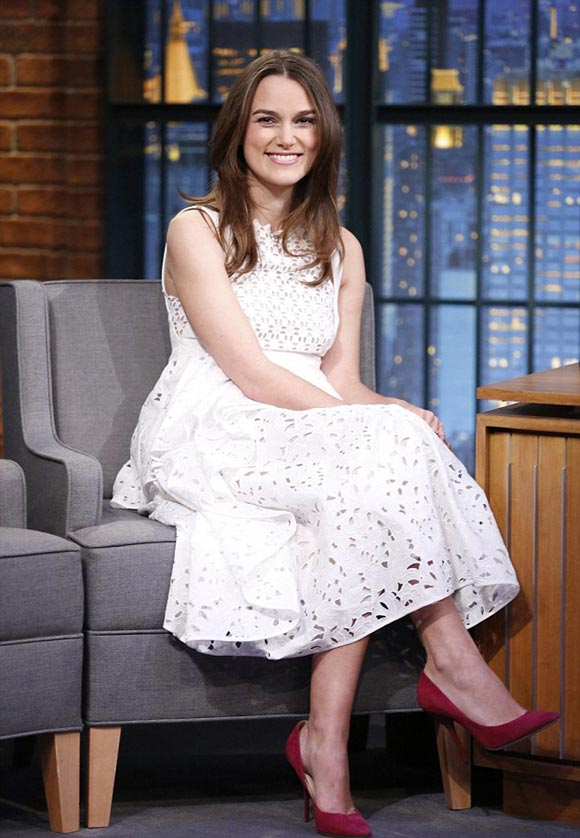Keira-Knightley-Late-Night-with-Seth-Meyers-2014