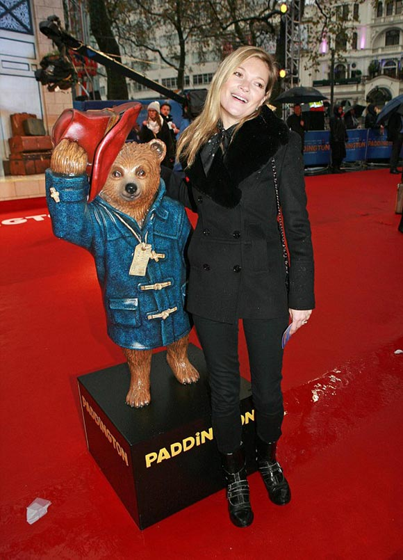kate-moss-daughter-Paddington-2014-04