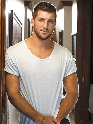 tim-tebow-Sexiest-Men-Alive-2014