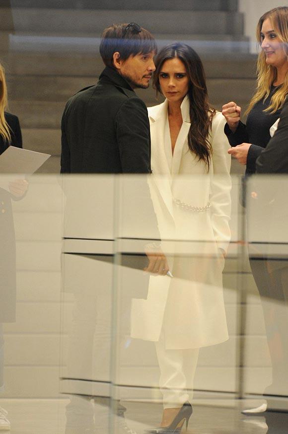 victoria-beckham-fashion-2014-01