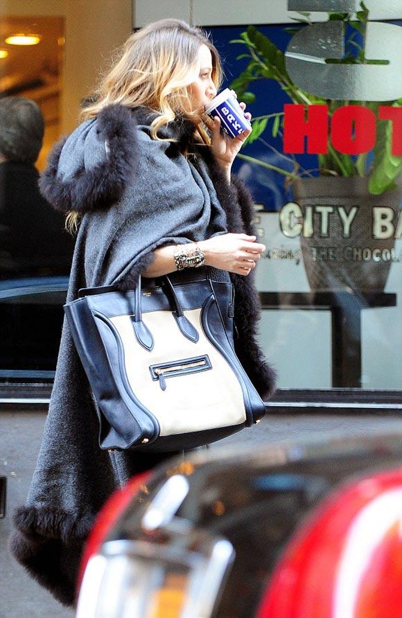 Blake-Lively-Baby-Bump-stylish-2014-04