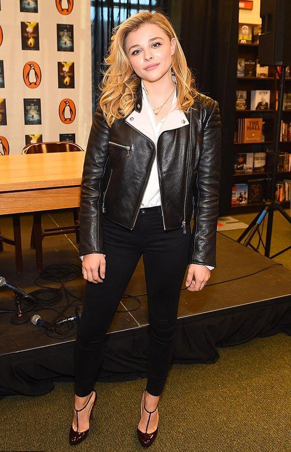 Chloe-Moretz-The-Fifth-Wave-PR-2014-02