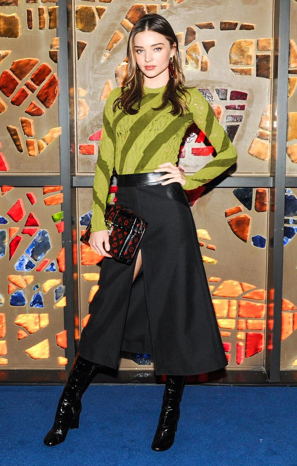 Miranda-Kerr-Louis-Vuitton-dec-2014-01