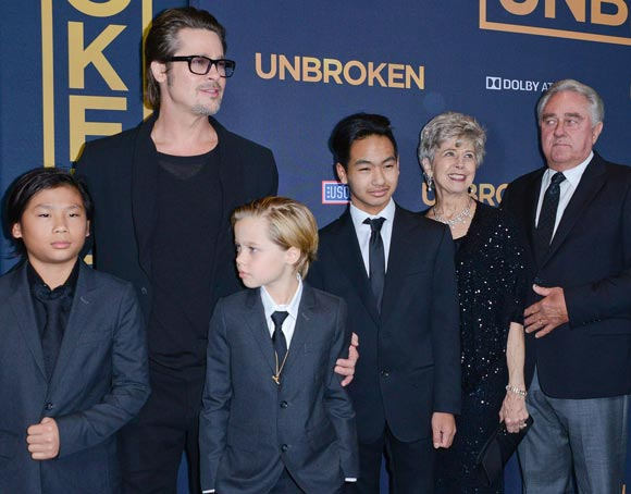 brad-pitt-family-unbroken-hollywood-premiere-2014-04