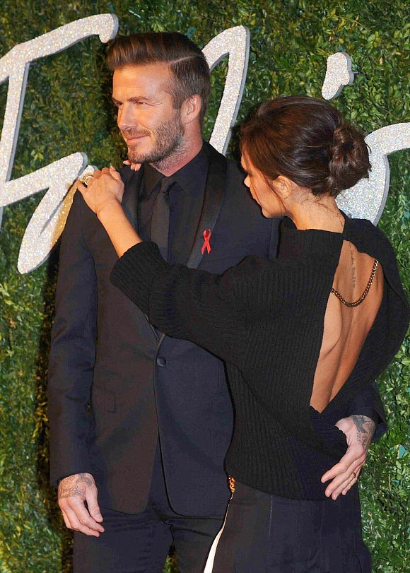victoria-david-beckham-british-fashion-awards-2014-04