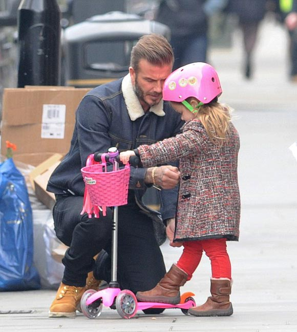 David-Beckham-Harper-scoot-2015-05
