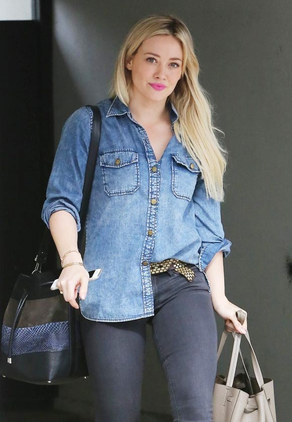 Hilary-Duff-outfits-2015-03
