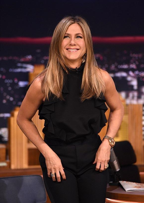 Jennifer-Aniston-2015-04