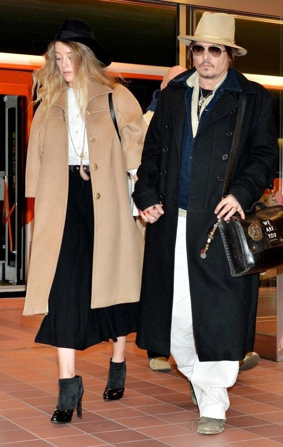 Johnny-Depp-Amber-Heard-Tokyo-japan-2015-01