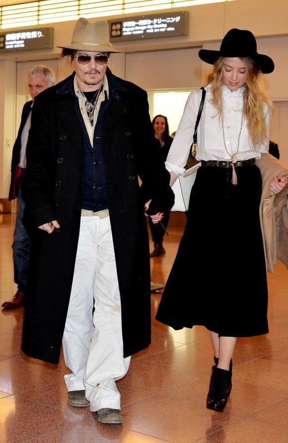 Johnny-Depp-Amber-Heard-Tokyo-japan-2015-04
