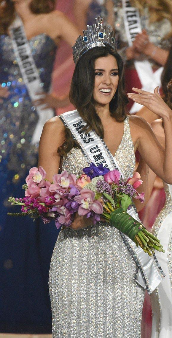 Paulina-Vega-Colombia-Miss-Universe-2015-07