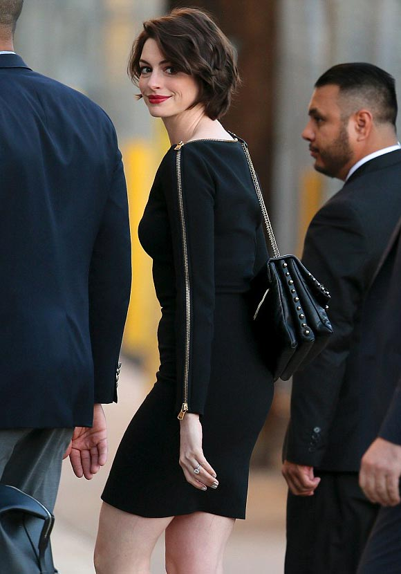 anne-hathaway-hairstyle-2015-02