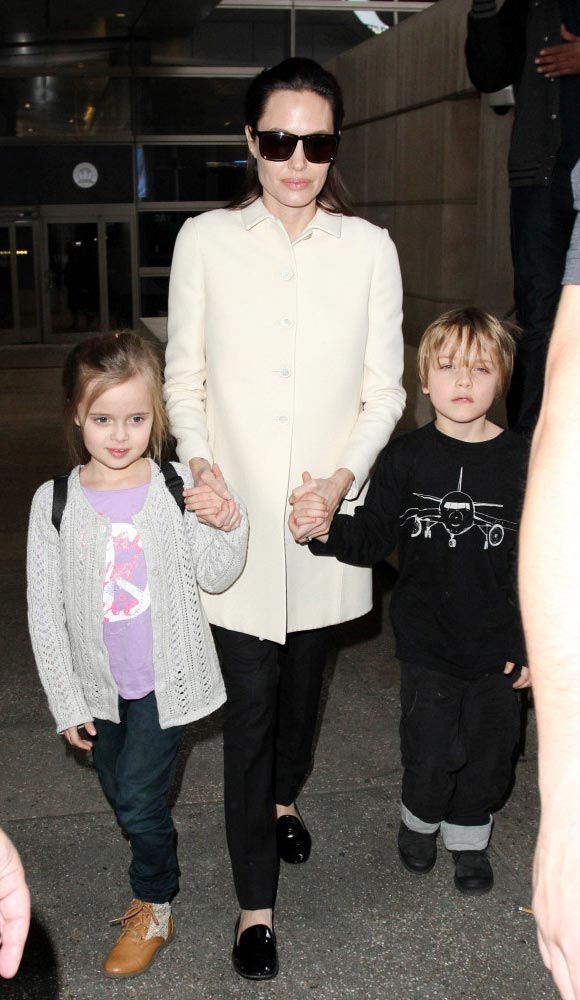 Angelina-Jolie-children-Vivienne-Knox-2015-03