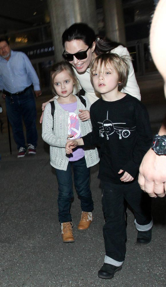 Angelina-Jolie-children-Vivienne-Knox-2015-05