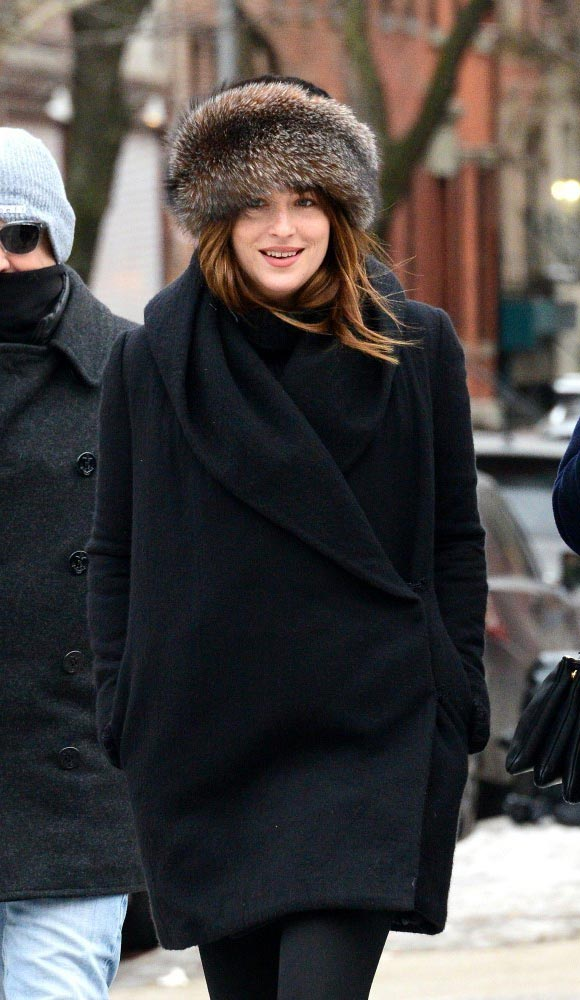 Dakota-Johnson-Fifty-Shades-of-Grey-2015
