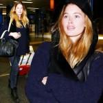 ドウツェン・クロース、空港に輝くすっぴん美人が登場!