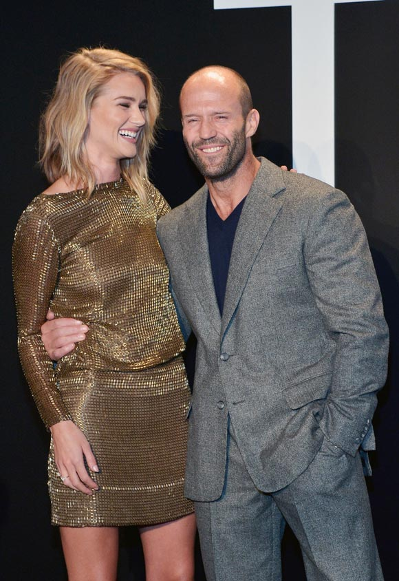 Jason-Statham-Rosie-Huntington-Whiteley-feb-2015-03