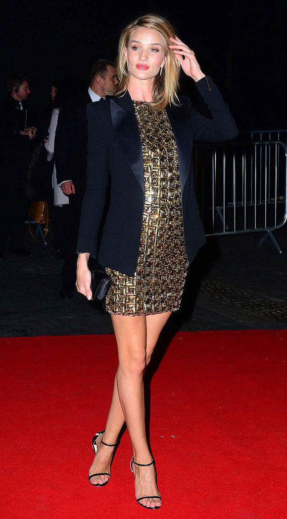 Rosie-Huntington-Whiteley-brits-2015-03