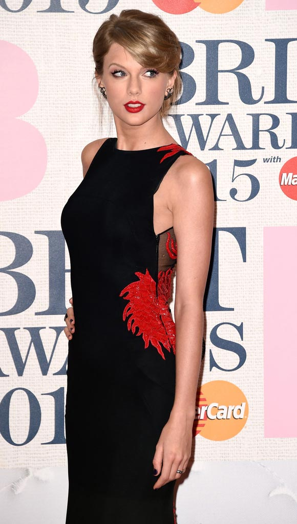 Taylor-Swift-Arrivals-BRIT-Awards-2015-01-03