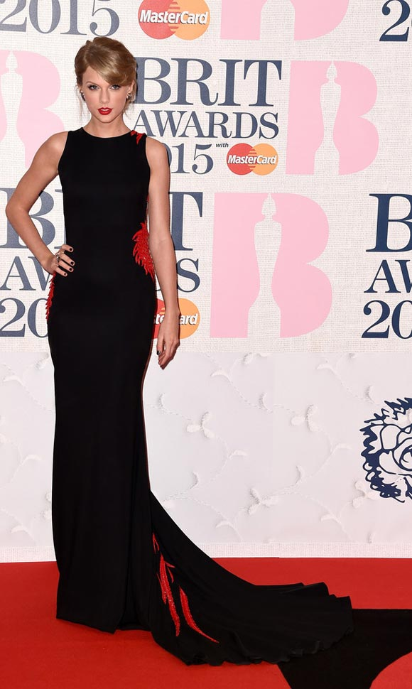 Taylor-Swift-Arrivals-BRIT-Awards-2015-01