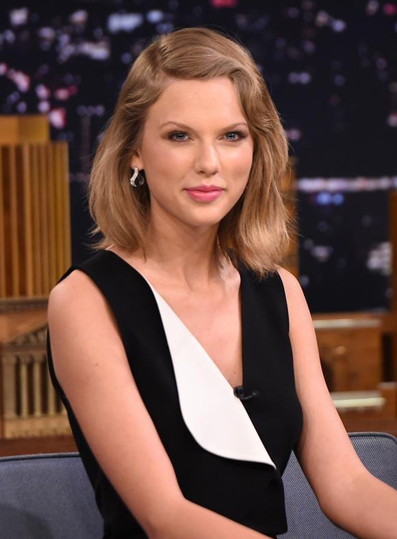 Taylor-Swift-Tonight-Show-2015-04
