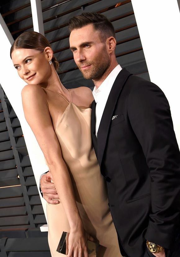 adam-levine-behati-prinsloos-oscars-party-2015-03