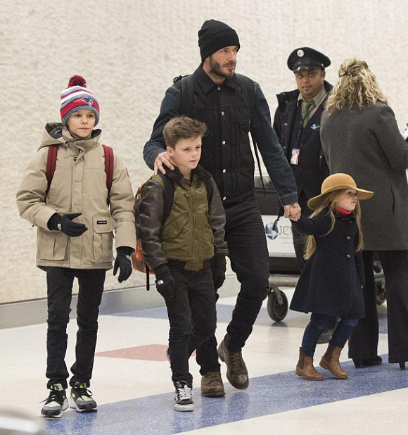 david-beckham-Harper-children-2015-02