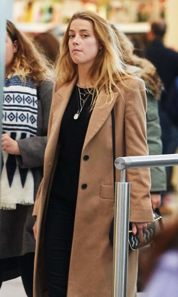 Amber-Heard-outfits-march-2015-01