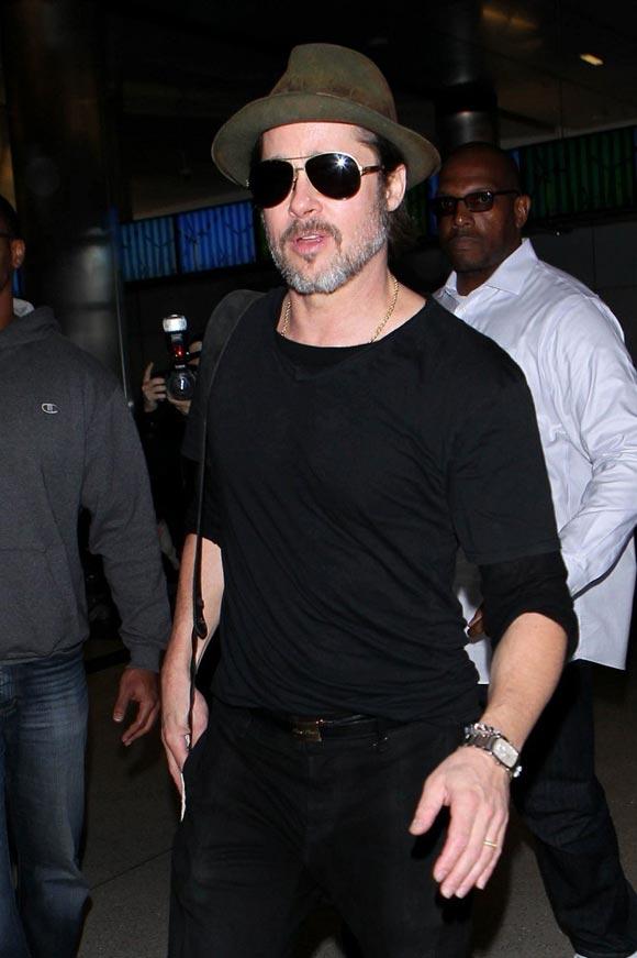 Brad-Pitt-outfits-feb-2015-03