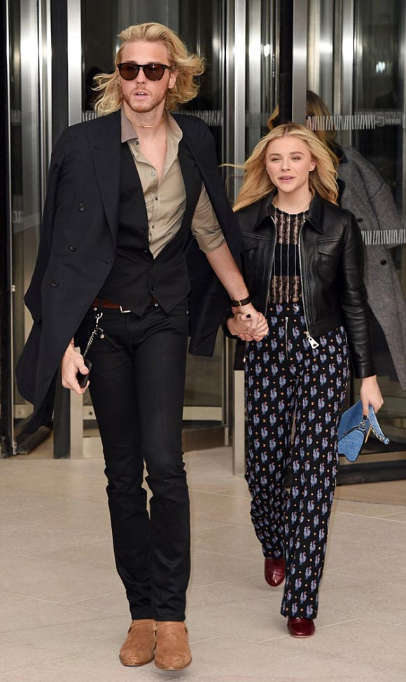 Chloe-Moretz-brother-Louis-Vuitton-PFW-2015-01