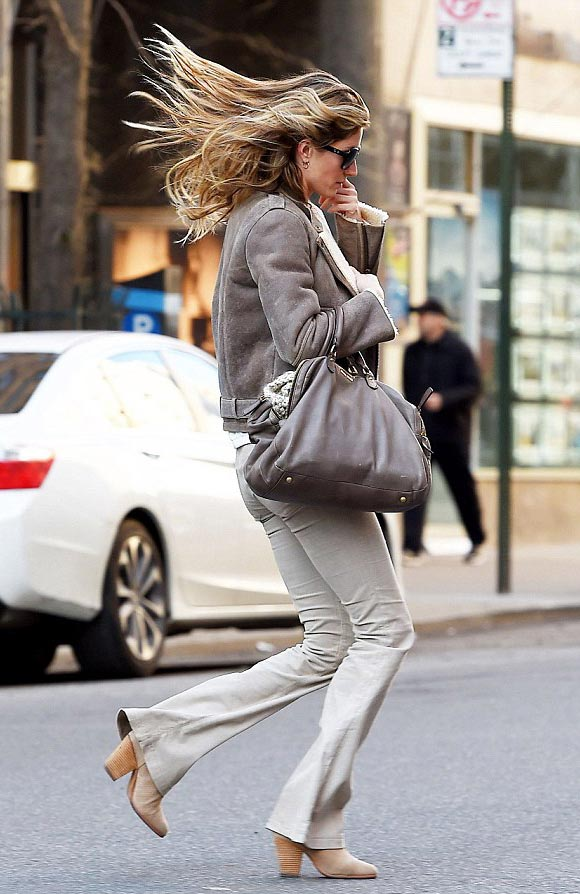 Gisele-Bundchen-outfits-march-2015-02
