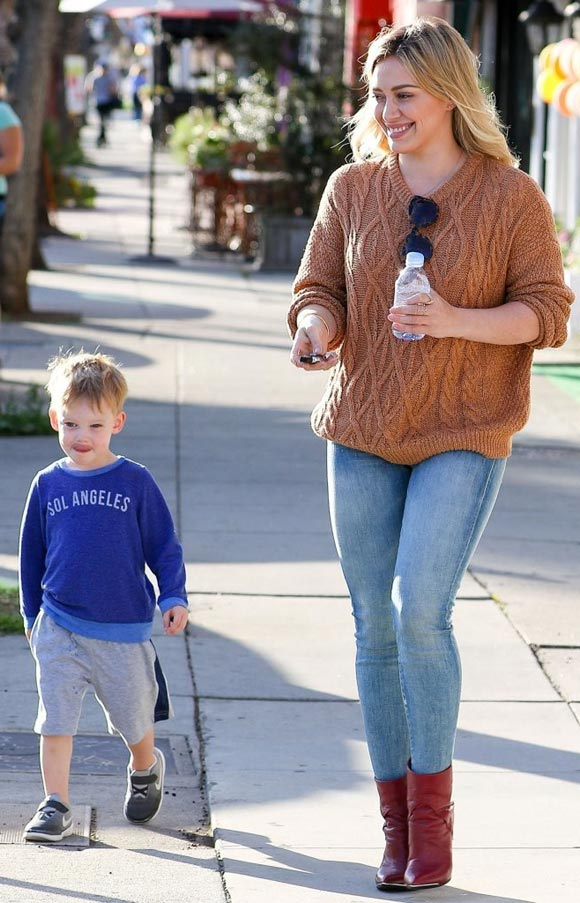Hilary-Duff-Luca-March-2015-02