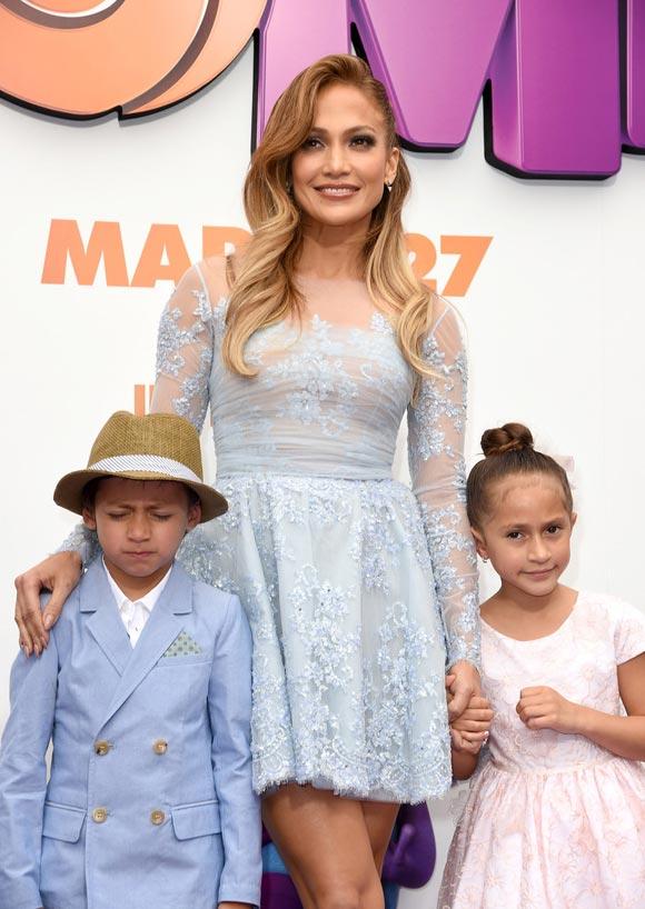 Jennifer-Lopez-HOME-son-daughter-2015-02