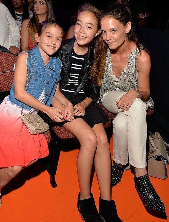 Katie-Holmes-Suri-kids-choice-awards-2015-01
