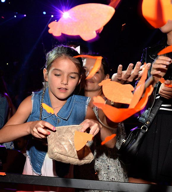 Katie-Holmes-Suri-kids-choice-awards-2015-05