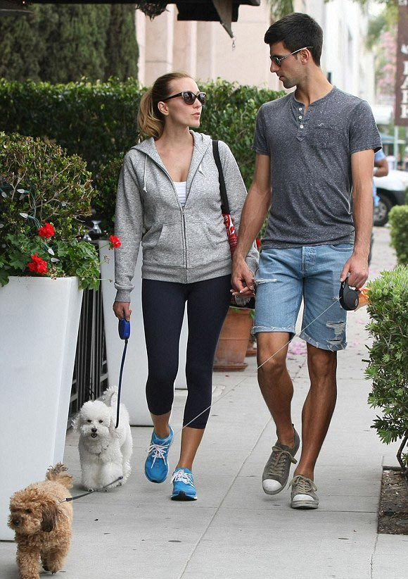 Novak-Djokovic and-wife-march-2015-03