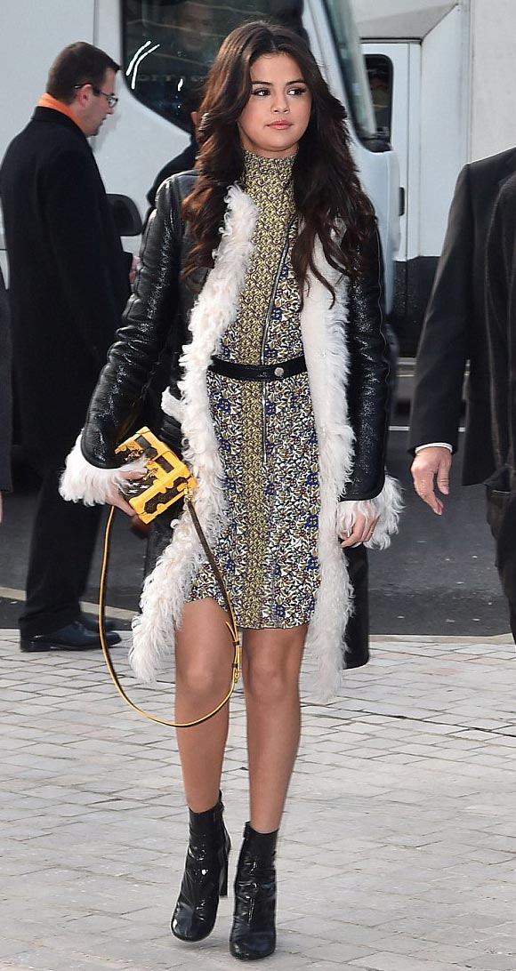 Selena-Gomez-Louis-Vuitton-PFW-2015-01