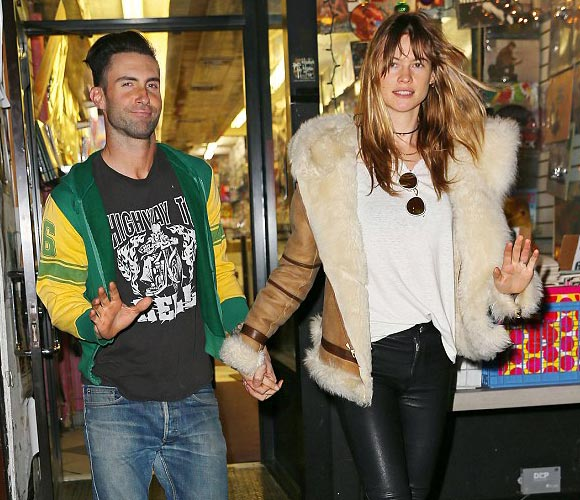 adam-levine-Behati-Prinsloo-march-2015