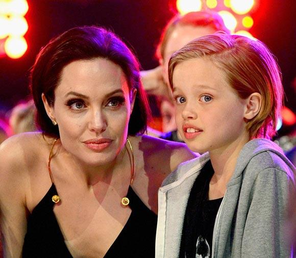 angelina-jolie-shiloh-kids-choice-awards-2015