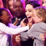 angelina-jolie-shiloh-zahara-kids-choice-awards-2015