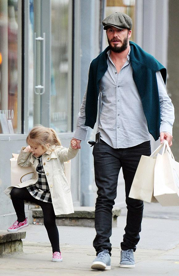 david-beckham-harper-march-2015-04