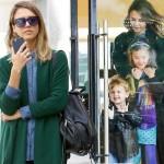 ジェシカ・アルバ、娘たちとビバリーヒルズでお買い物 #私服 #ファッション