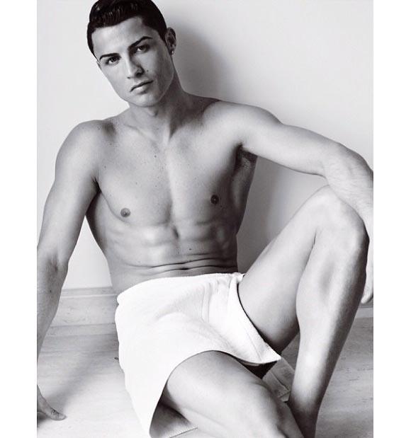 towel-series-by-mario-testino-01-06