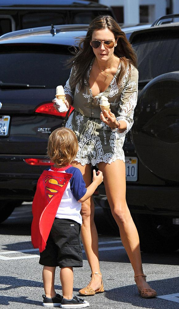 Alessandra-Ambrosio-son-april-2015-04