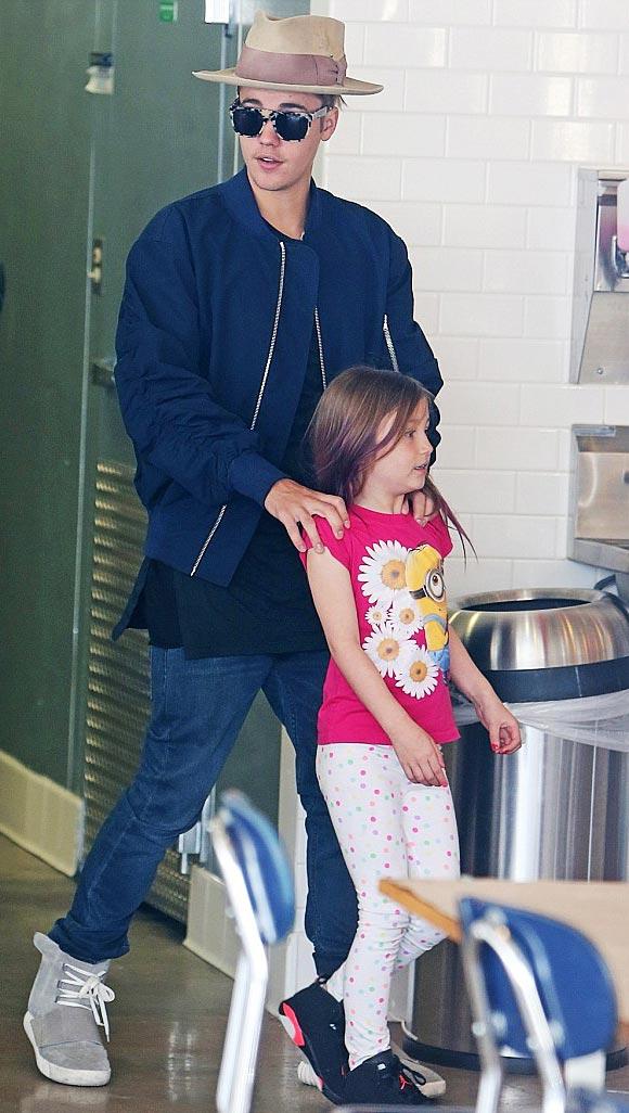 Justin-Bieber-sister-april-2015-01