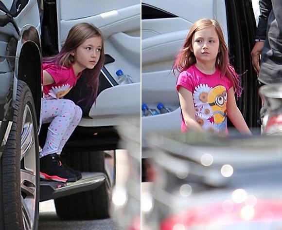 Justin-Bieber-sister-april-2015-04